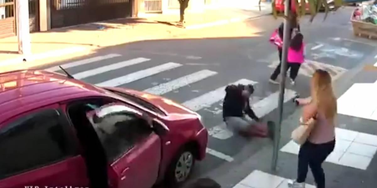 Mujer policía mata a ladrón que atemorizó evento del Día de la Madres