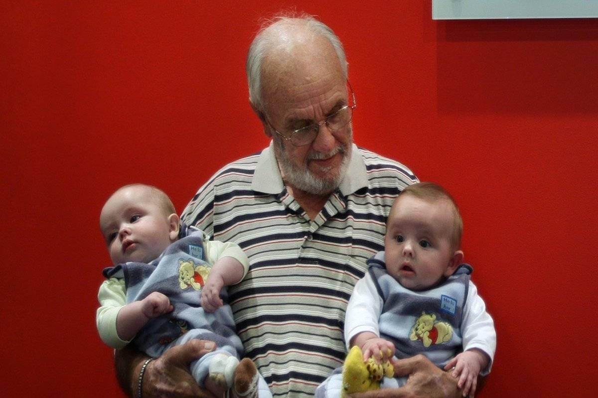James Harrison y bebes