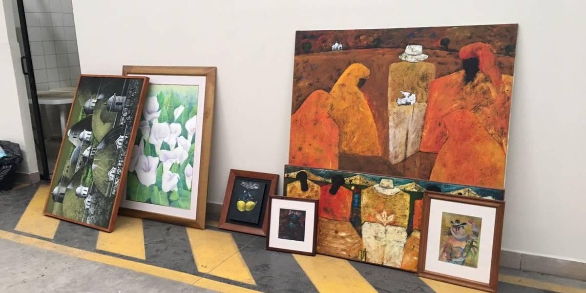 Las obras de grandes maestros de la pintura que tenía Jonathan Chévez en una bodega