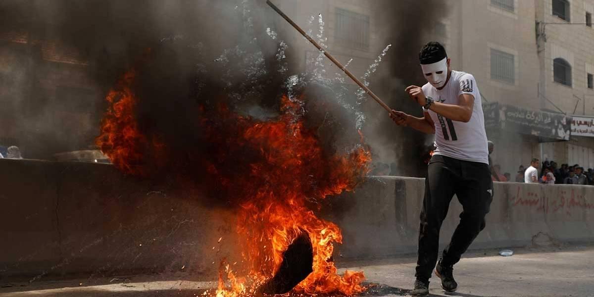 EUA inauguram embaixada em Israel sob protestos e mortes
