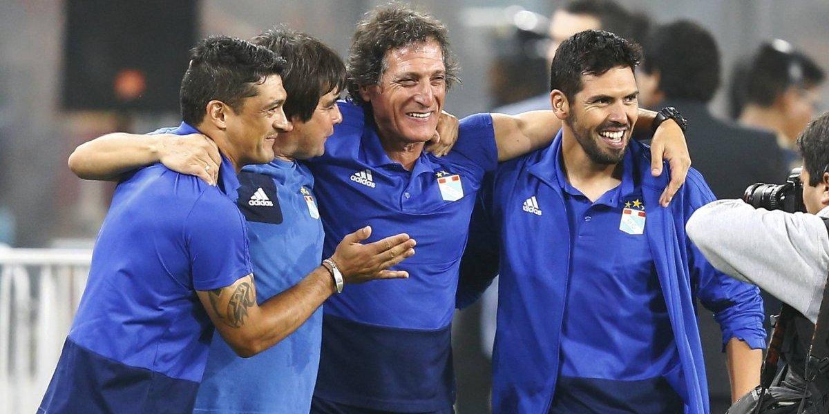 """Mario Salas negó tajantemente los supuestos acercamientos con Colo Colo: """"Nunca negociaría mientras tenga contrato"""""""
