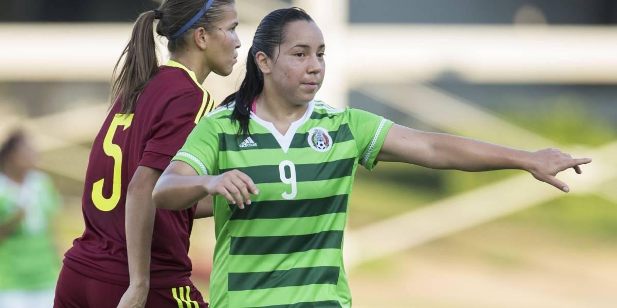 Tigres muestra interés por la goleadora Charlyn Corral