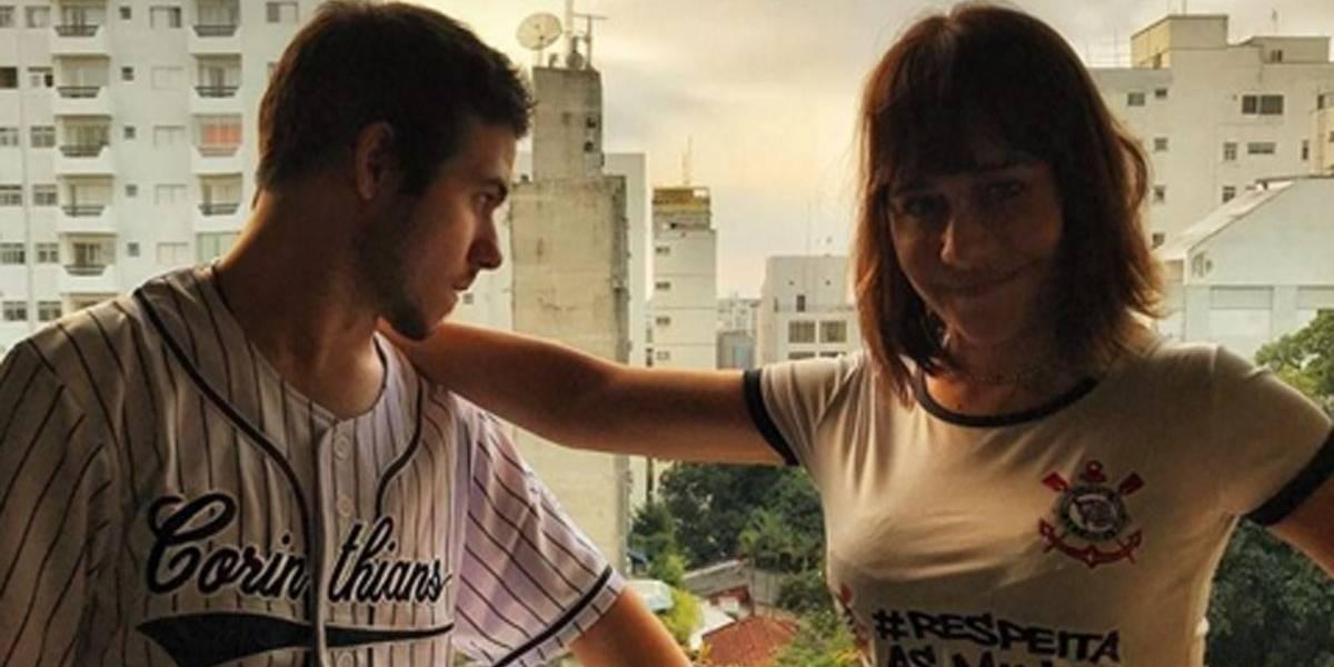 Alessandra Negrini dá bronca em filho e ganha prêmio de 'melhor mãe' na internet