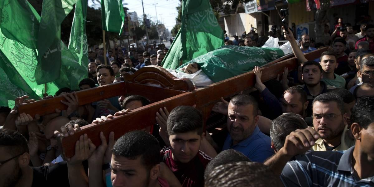 Fuerzas israelíes dejan sin vida a 58 palestinos en la frontera de Gaza