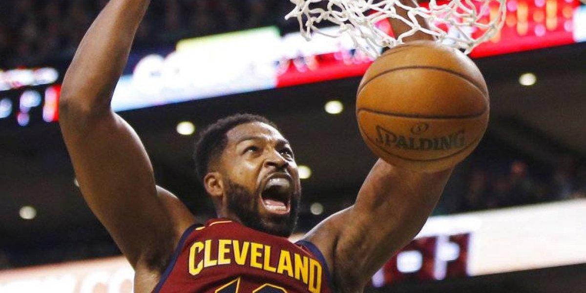 Cleveland sopesa cambios en su alineación para segundo juego