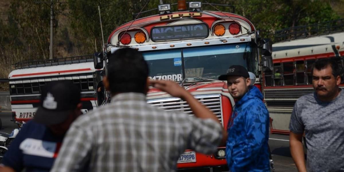 Cámaras instaladas en autobús captan momento de ataque contra piloto en ruta al Pacífico
