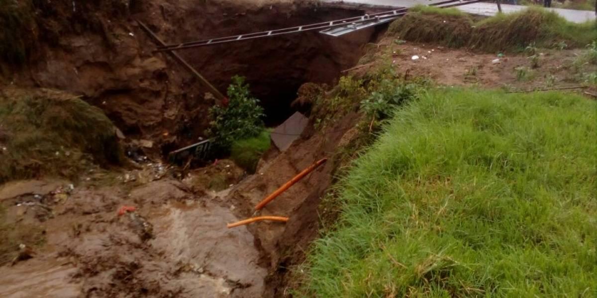 Recientes lluvias causan inundaciones y colapso de muros y carreteras