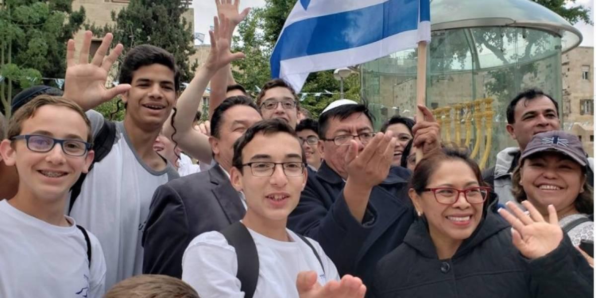 """Diputado comparte en Facebook los """"buenos momentos"""" de su viaje a Israel"""