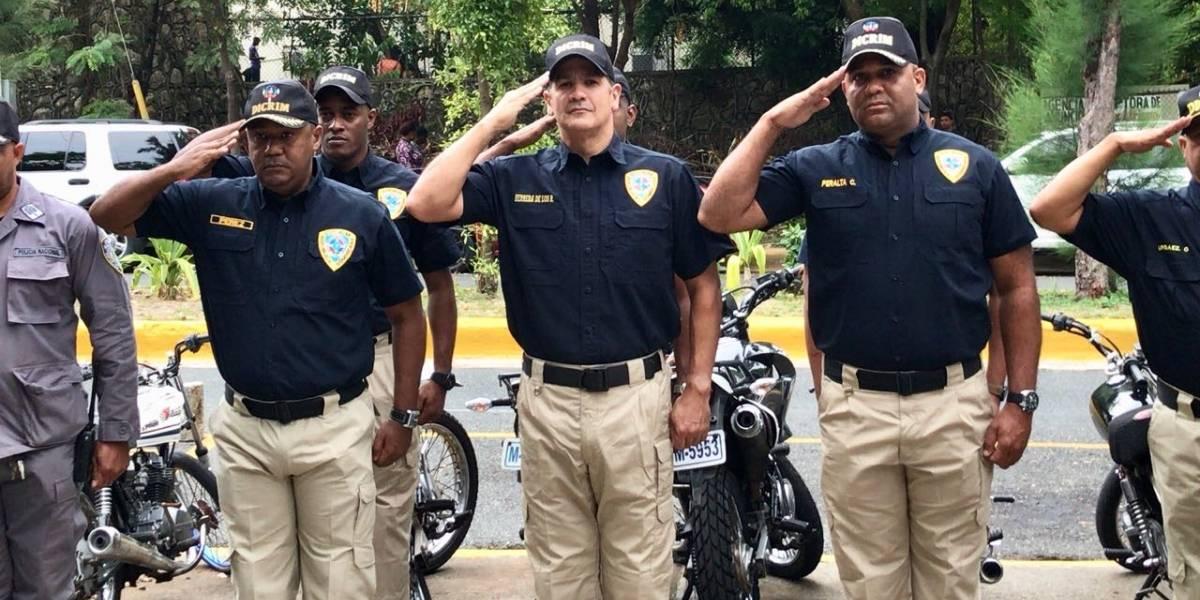 """Eddy Herrera participa en iniciativa """"Policía por un día"""""""