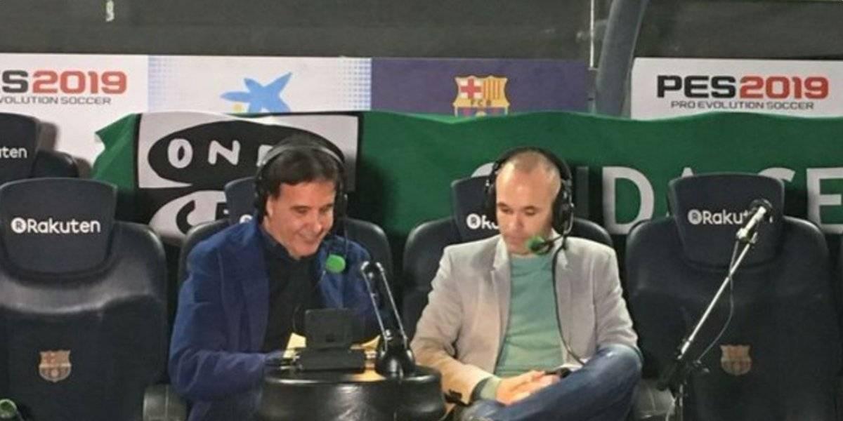 VIDEO: Se derrumba grada durante entrevista a Iniesta y deja 11 heridos