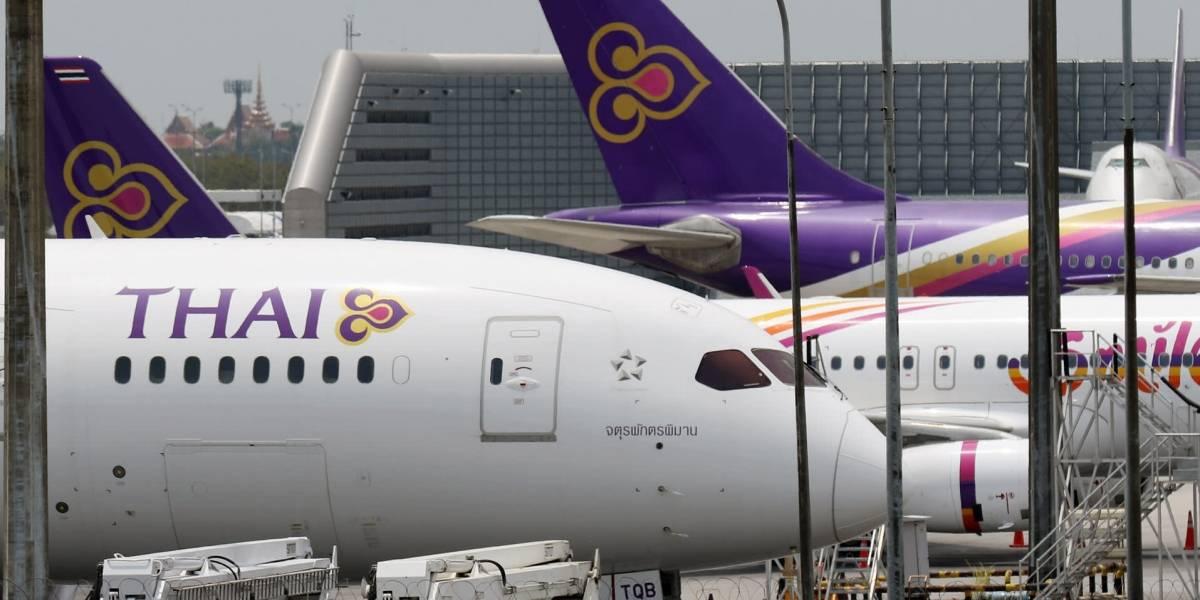 Insólito: aerolínea multa a familia por tener los nombres demasiado largos