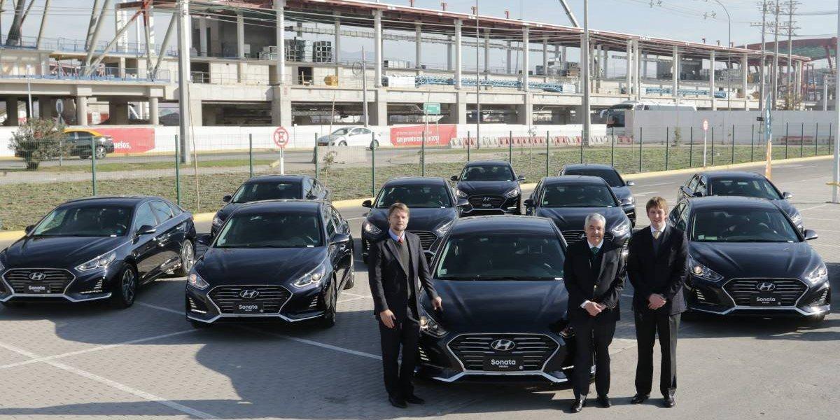 Gildemeister entrega Hyundai híbridos para Transvip