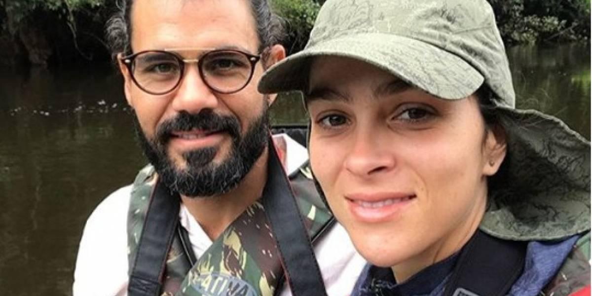 Juliano Cazarré passa férias com a família na Amazônia