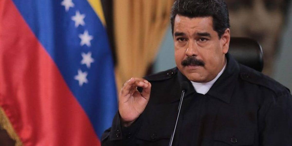 Venezolanos amanecen con menos ceros en sus cuentas y el país paralizado