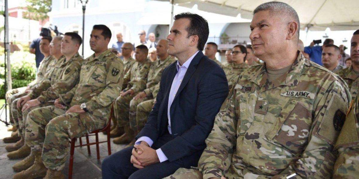 Rosselló reconoce a soldados por su labor durante la emergencia