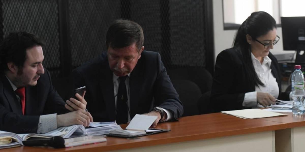 Dos se suman al juicio por corrupción en la limpieza del lago de Amatitlán