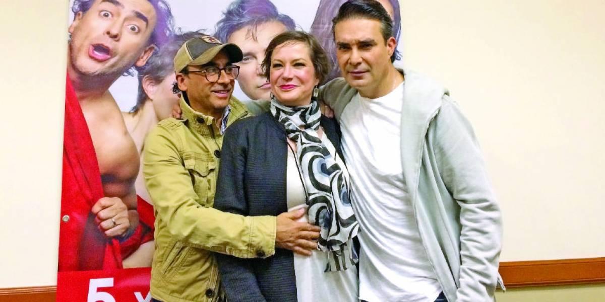 Adal Ramones, Mauricio Islas y Mónica Dionne llevan a teatro el mundo swinger