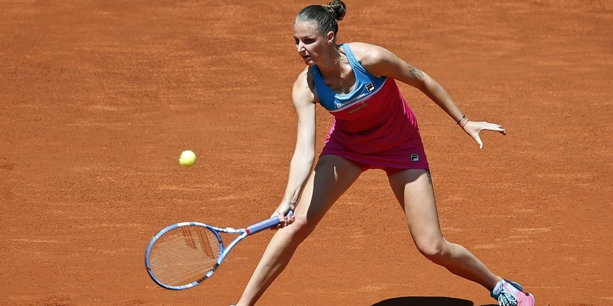 El día de furia de tenista checa en Roma: terminó rompiendo la silla del juez de silla