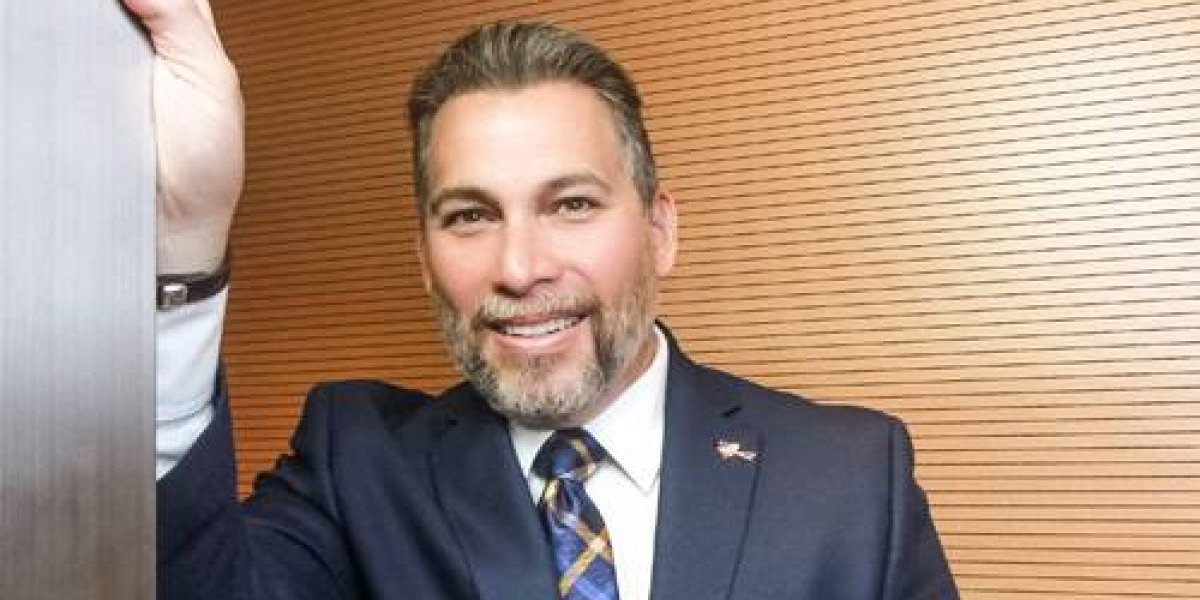 Dr. Iván Meléndez-Rivera: Médico y maestro