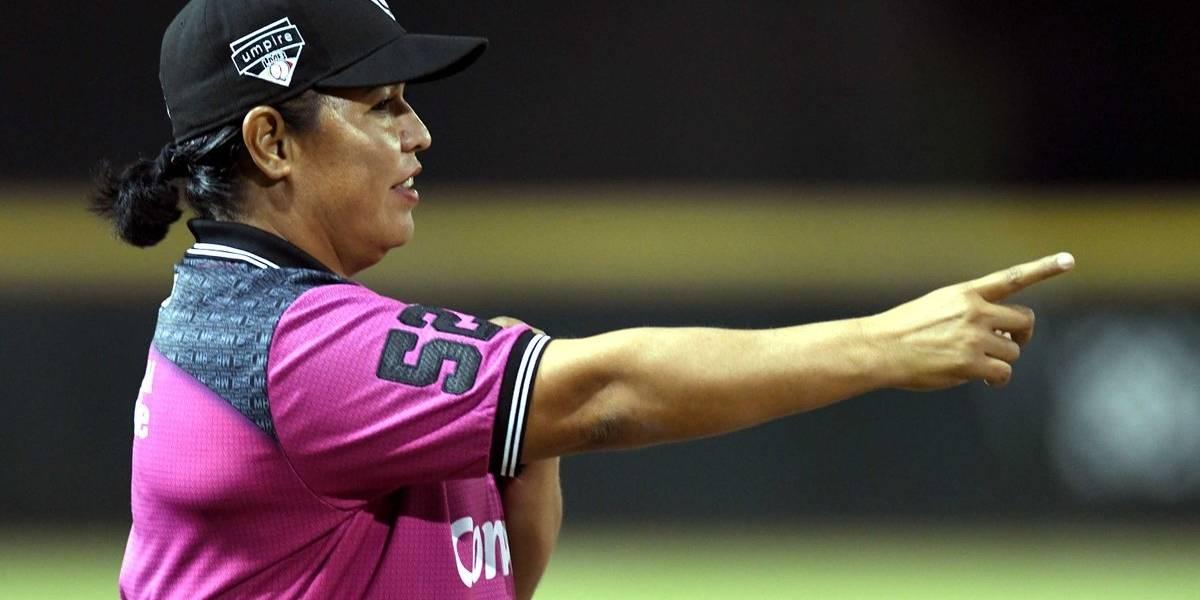VIDEO: Así fue el debut de Luz Gordoa como la primera ampáyer en la Liga Mexicana de Beisbol
