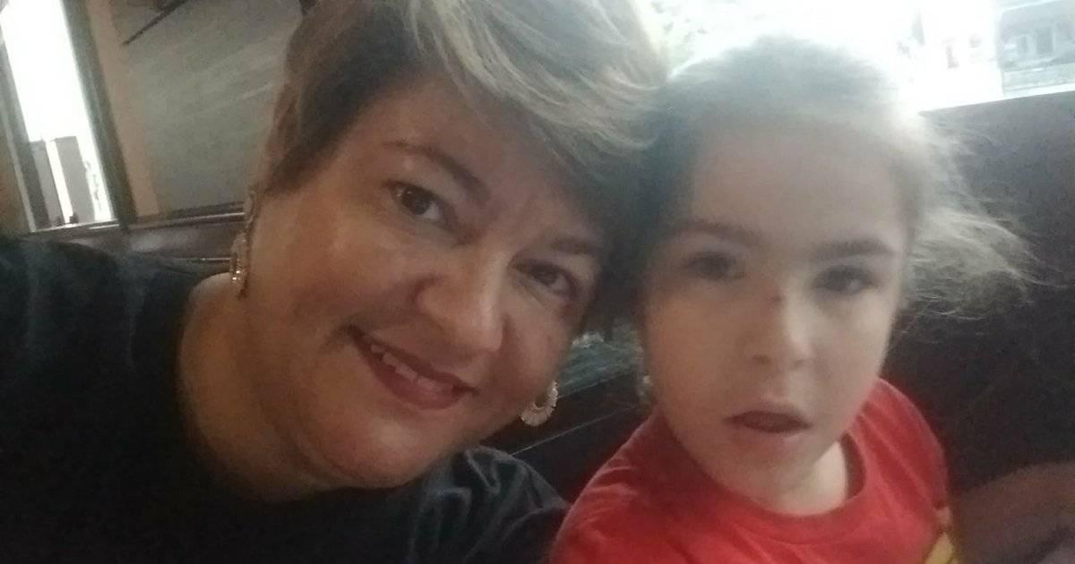 Eliete e sua filha caçula, Beatriz, de 6 anos