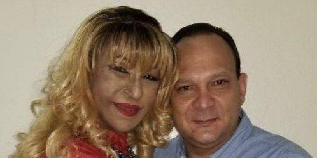 Fefita la Grande deslumbrada con su nueva pareja; tiene 51 años y le conocen como Miguelito