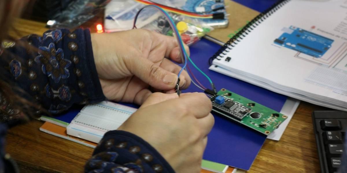 Profesores chilenos crearon una estación de monitoreo ambiental con Arduino