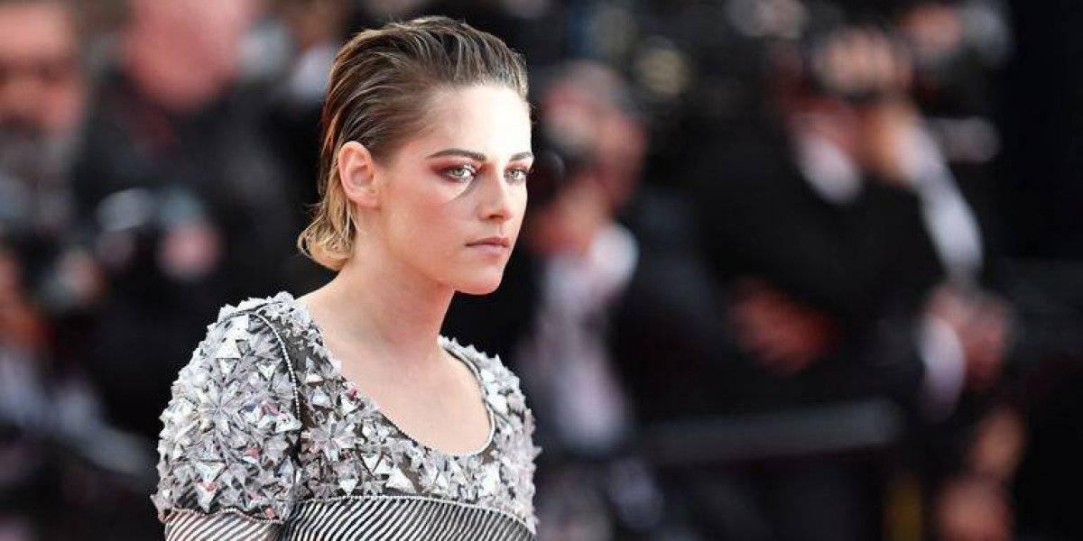 Kristen Stewart se sale de protocolo en Cannes y sorprende a todos