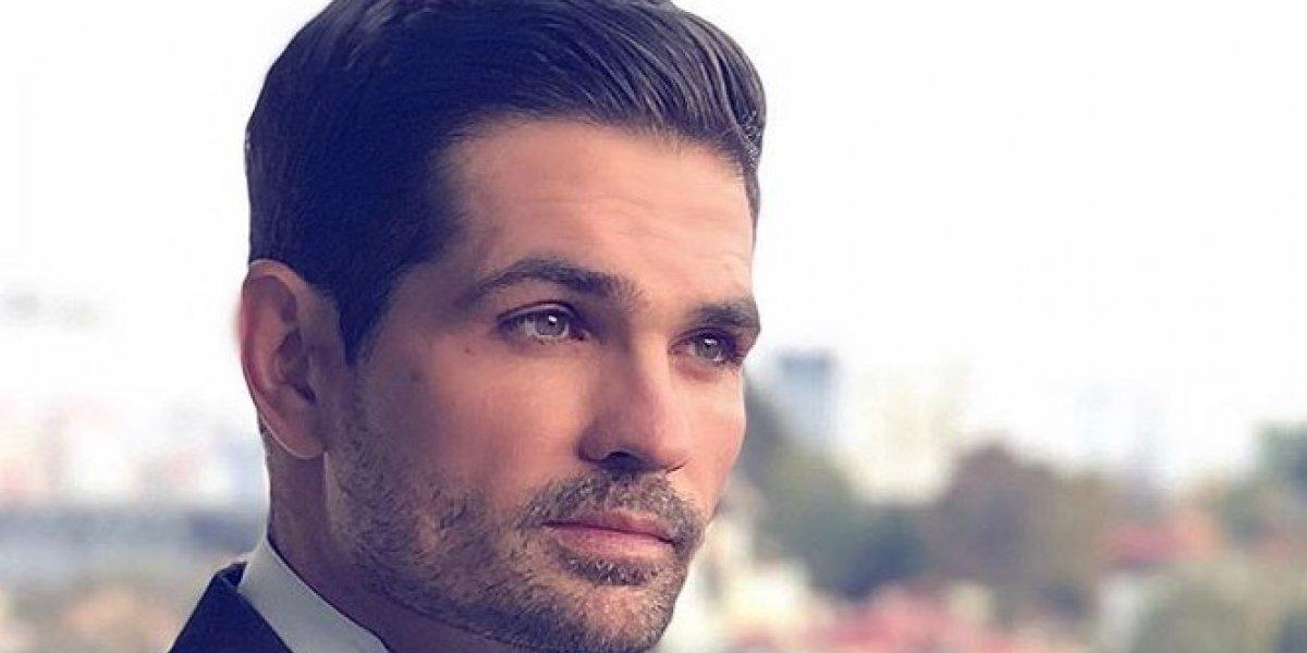 Este es el guapo actor detrás de los memes de Ferrari