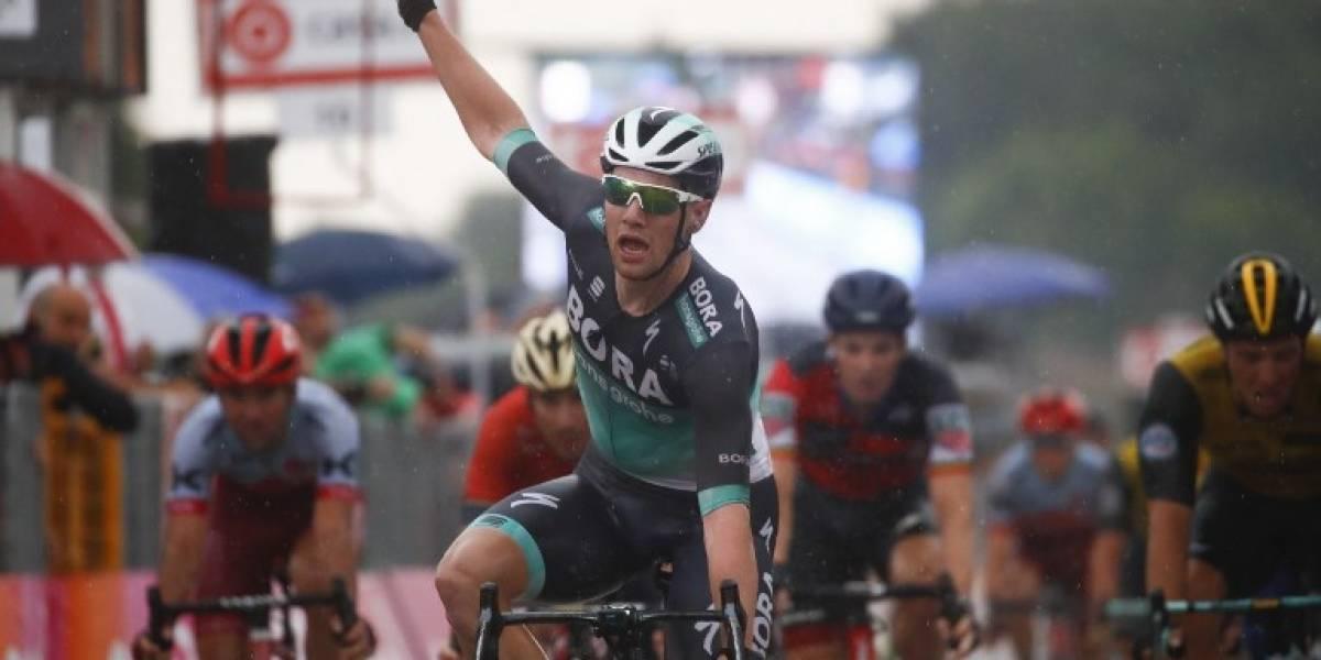 Irlandés Bennett gana la etapa 12 del Giro bajo la lluvia