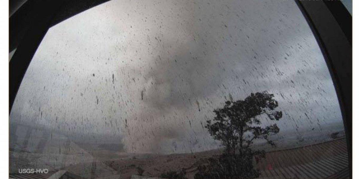 """Volcán Kilauea hace erupción """"muy explosiva"""" en Hawai"""
