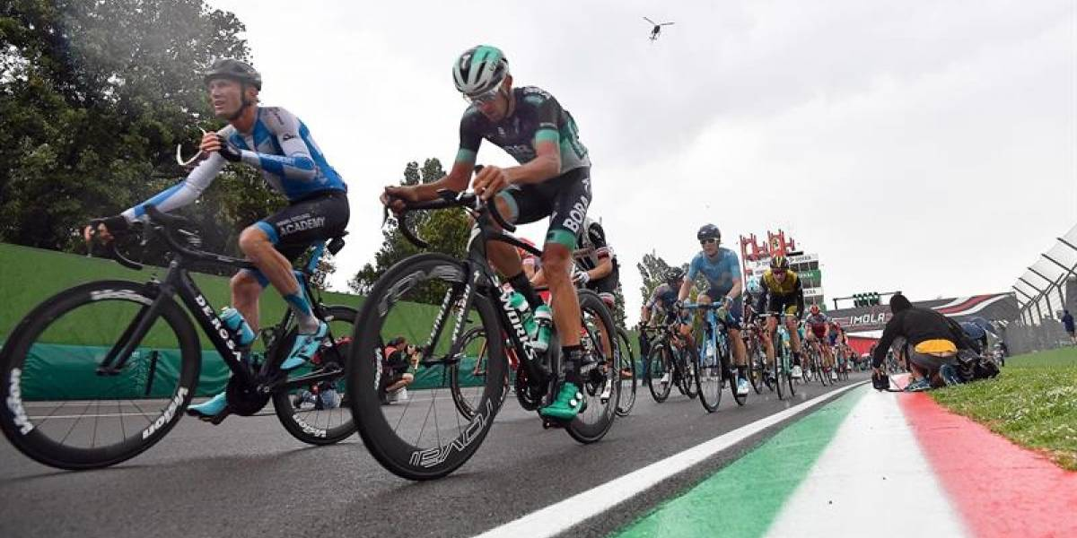 El irlandés Sam Bennett gana la etapa 12 del Giro