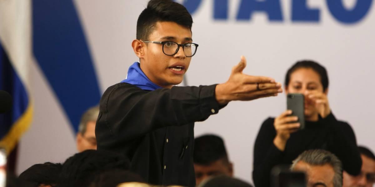 Sin pedir perdón ni permiso: El estudiante que se atrevió a decirle en su cara al Presidente de Nicaragua que lo quiere echar del cargo