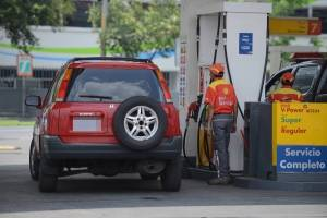 Alza en combustibles