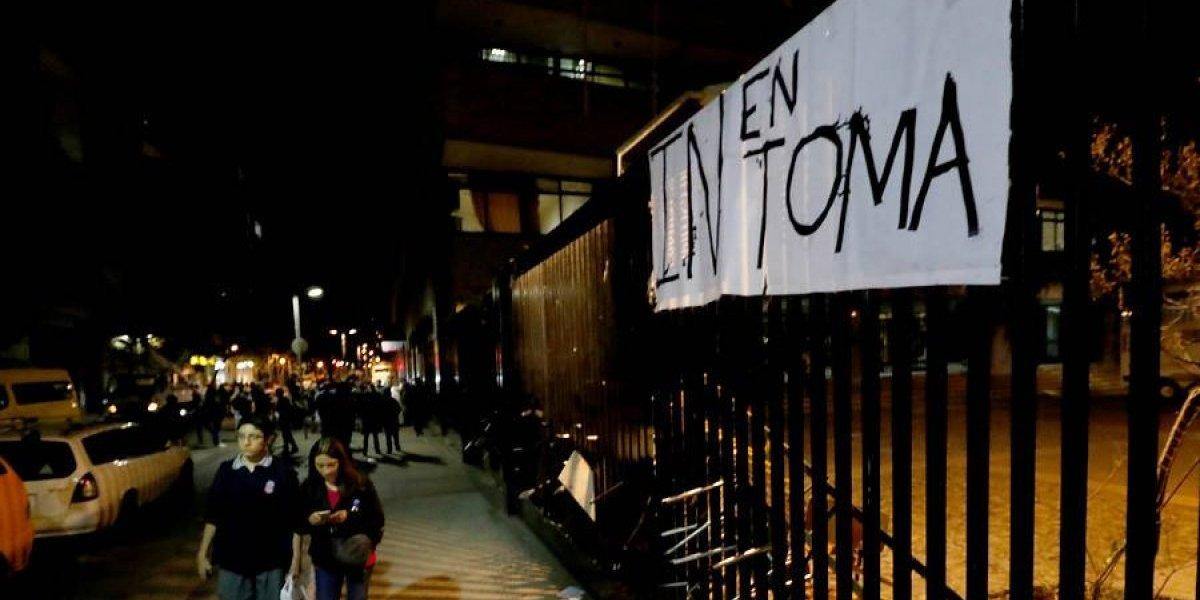 Alumnos entregaron instalaciones voluntariamente: Instituto Nacional tendrá clases este viernes