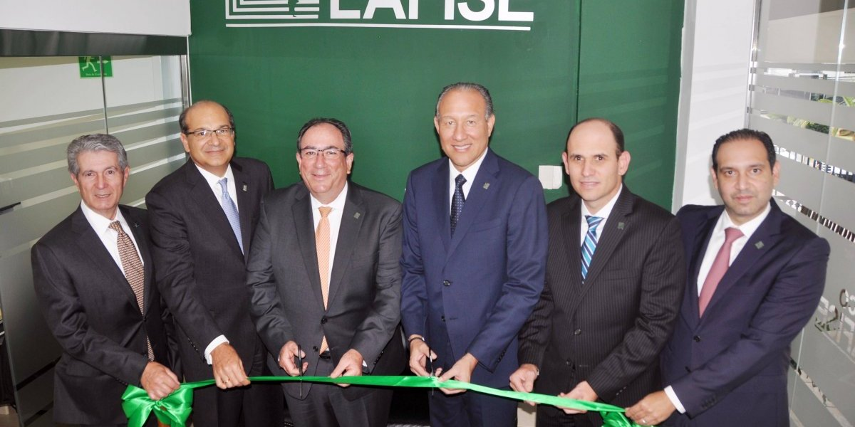 Banco Lafise inaugura sucursal de negocios en Santiago