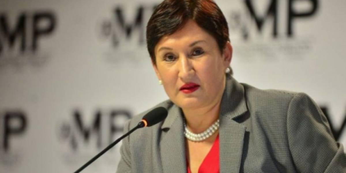 """En denuncia presentada en PDH, exfiscal Thelma Aldana señala que """"teme por su vida"""""""