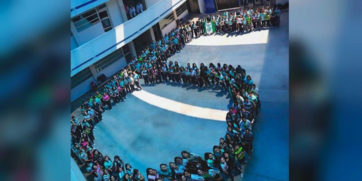 Así apoyaron las escuelas de Torreón a Santos Laguna