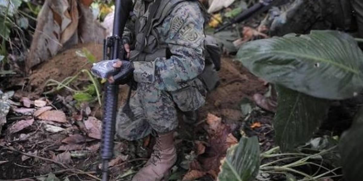 Ejército dice que aún no se restablece comunicación con patrulla desaparecida en Colombia