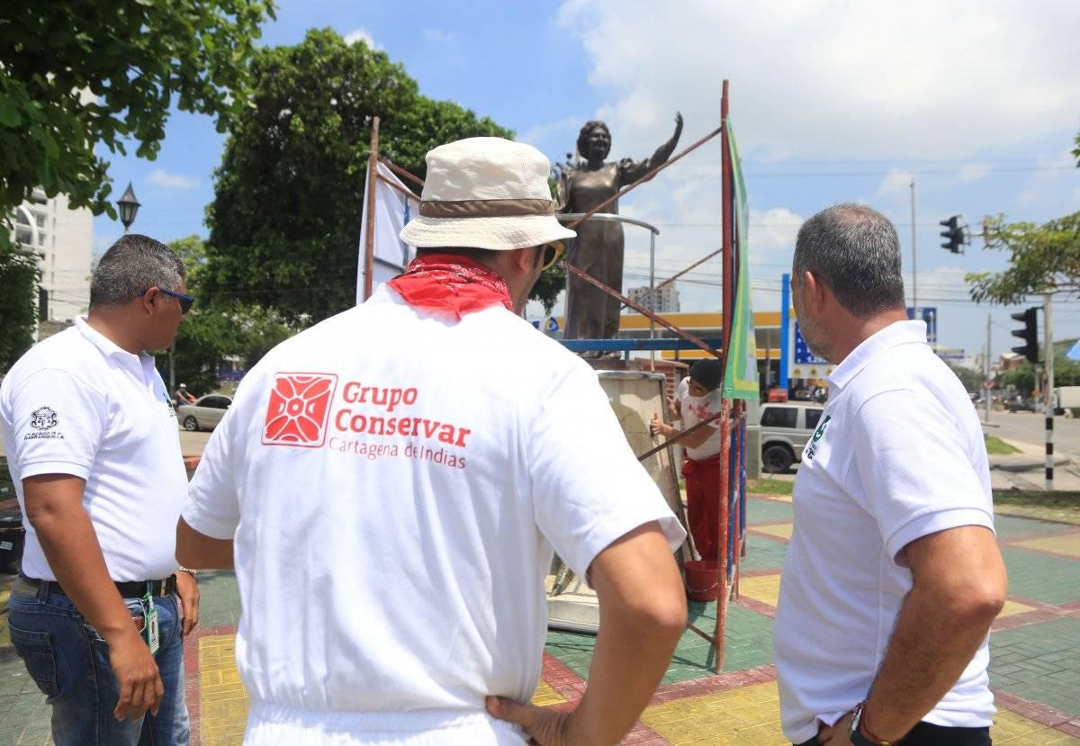 Monumento a Esthercita Forero en Barranquilla. Jairo Cassiani