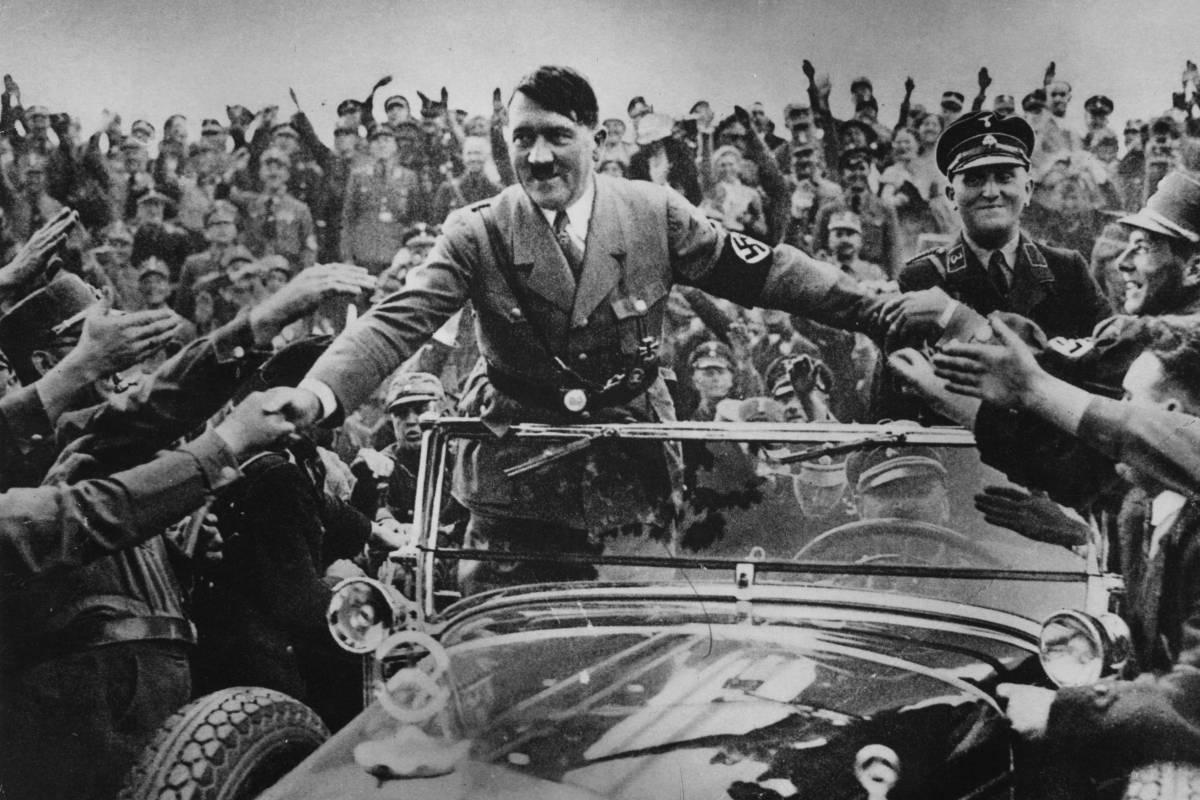 El colegio separó a la profesora que justificó a Hitler en clase