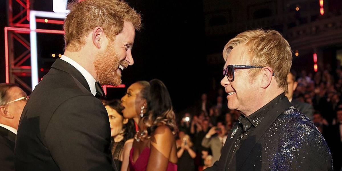 Casamento real: amigo de Harry, Elton John se apresentará na cerimônia