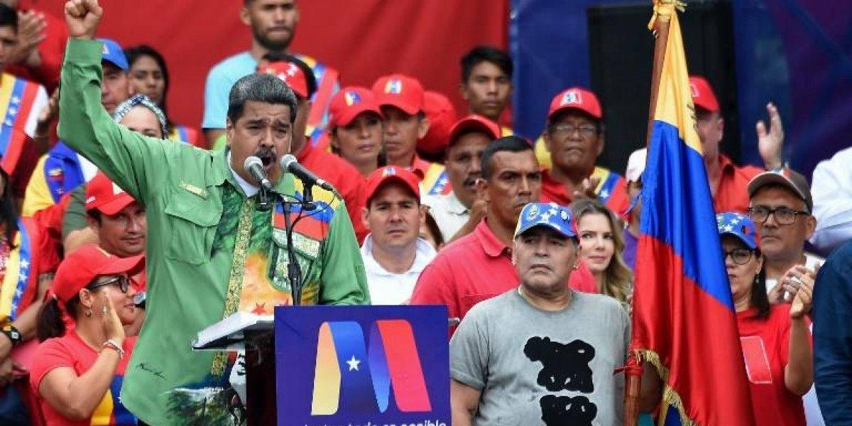 VIDEO. Maradona vuelve a la polémica, ahora bailando en apoyo a Nicolás Maduro