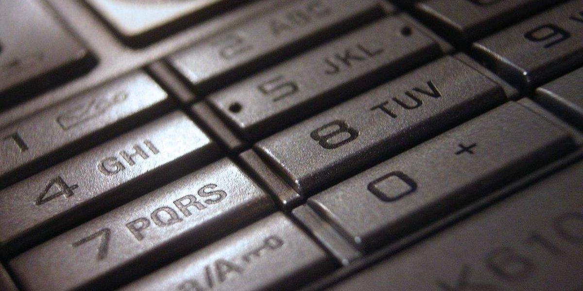 Este hombre recibió un SMS de su padre... que murió hace 6 años