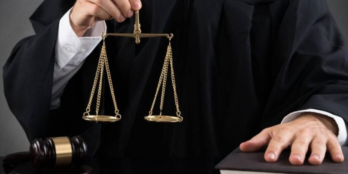 Escuela de Derecho de la UPR recibe prestigiosa acreditación