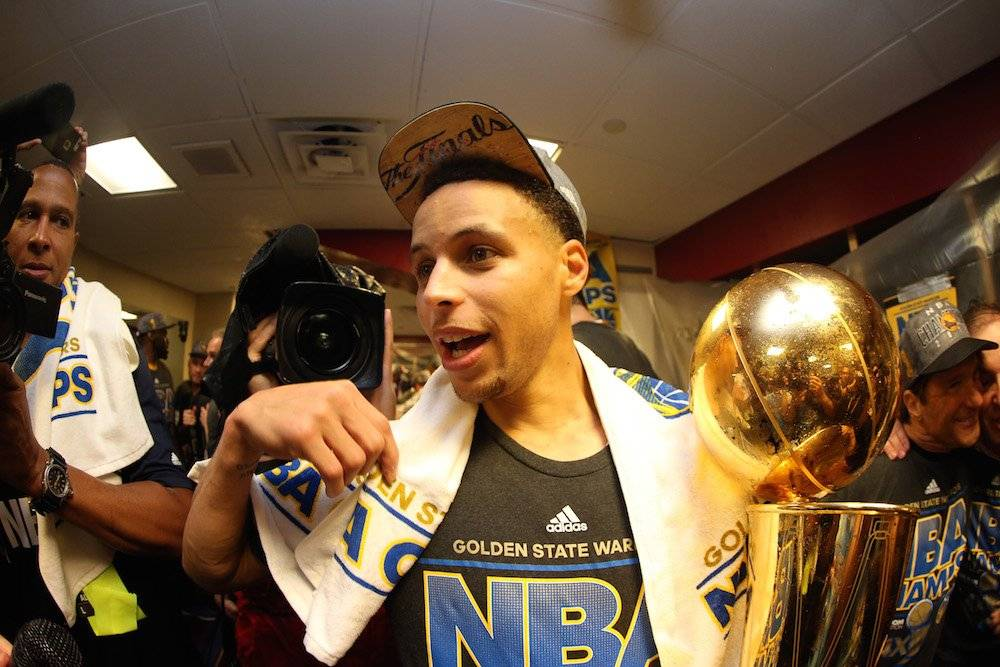 Stephen Curry / Getty Images
