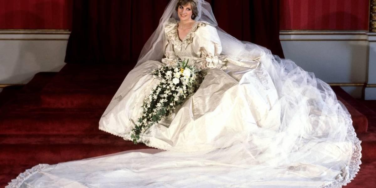 Antes de Harry e Meghan, casamentos reais tiveram noivo de quatro anos, rei que se casou seis vezes e até execução de ex