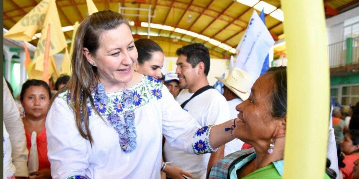 Martha Erika promete carreteras dignas en Sierra Norte de Puebla