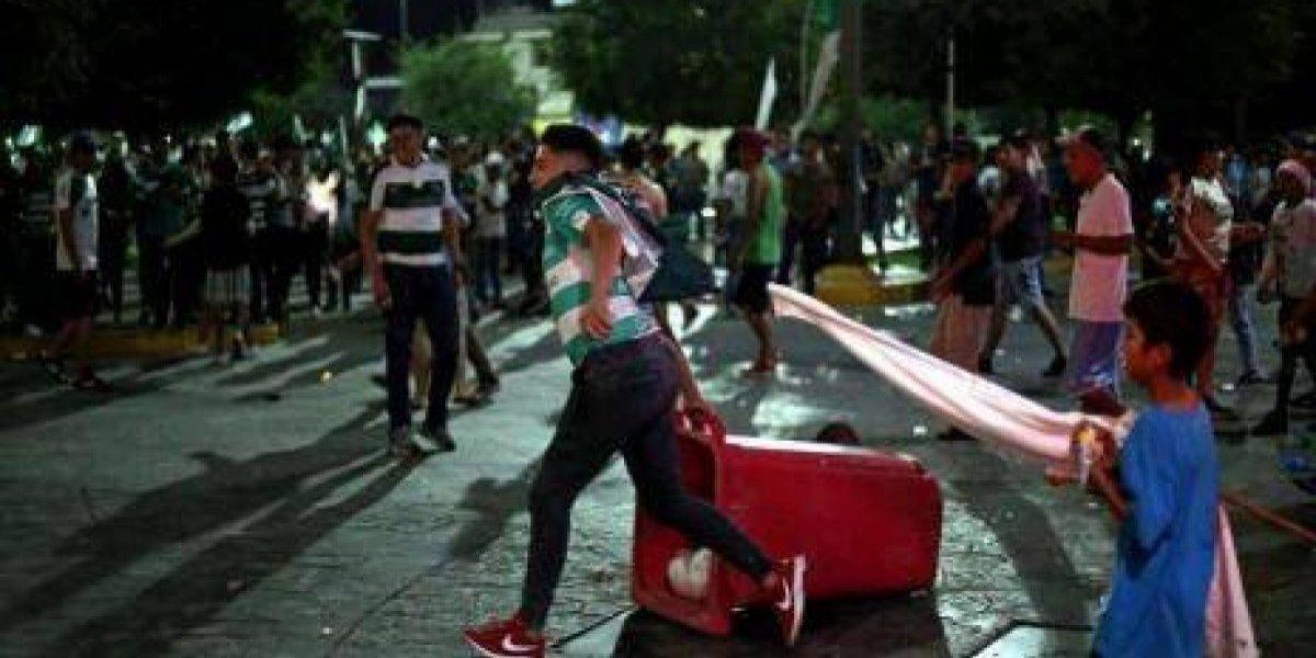 Triunfo de Santos deja a 36 detenidos en Torreón