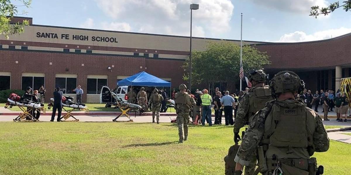 Confirman al menos ocho muertos en tiroteo en escuela de Texas